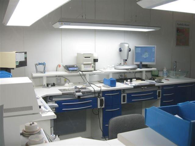 Laboratoire de prothèse dentaire
