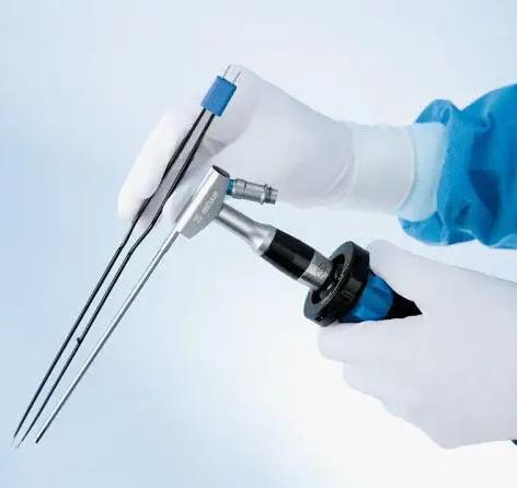 Systèmes de chirurgie endoscopique
